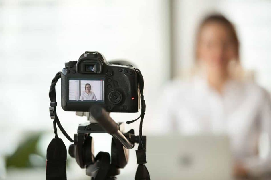 7 Motivos para usar Video Testimonios en tu Clínica Dental ...